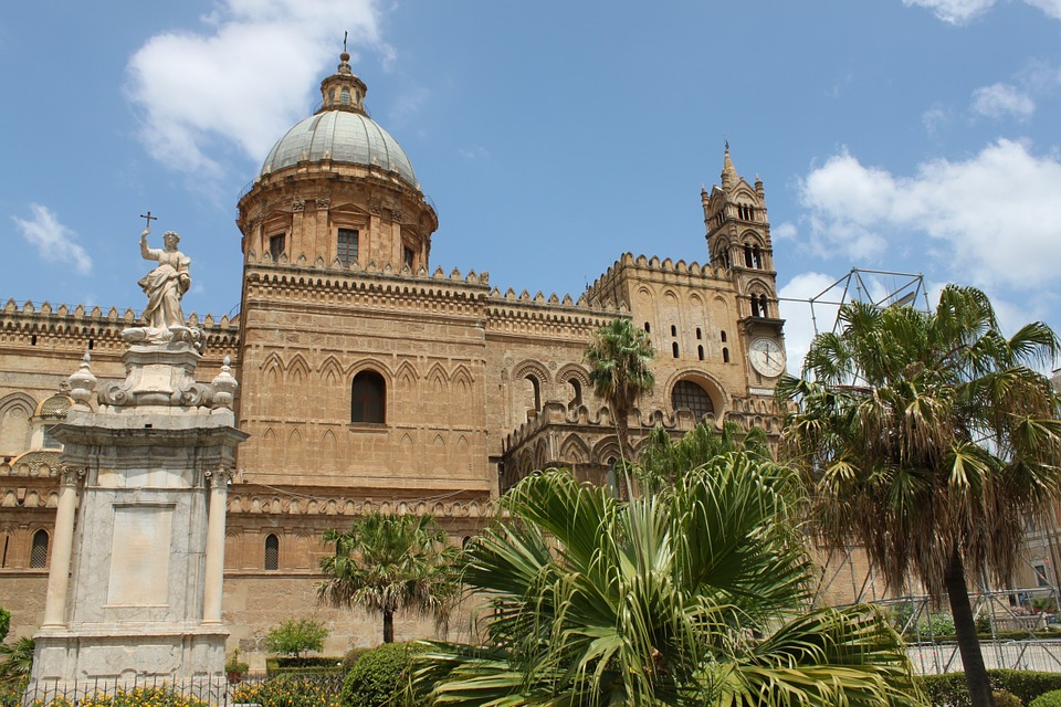cathedral-of-palermo-327030_960_720