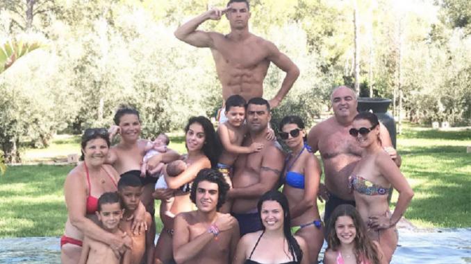 Cristiano Ronaldo ei problemi col fisco: la polizia sullo yacht