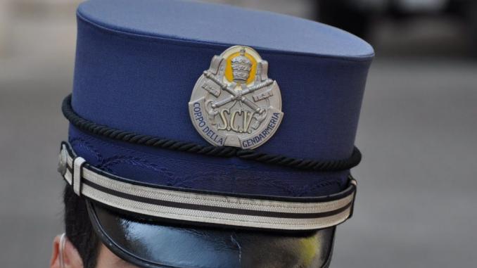 Roma: gendarme del Vaticano accusato dalla moglie di violenze