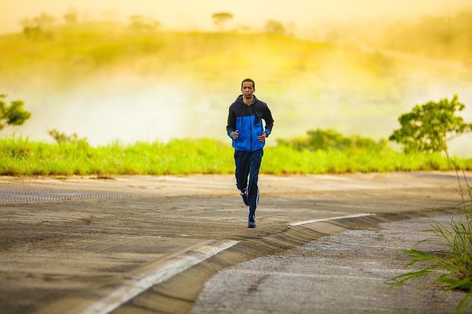f4838740a6ce9d Pantaloni da jogging per uomo: quale scegliere | Notizie.it