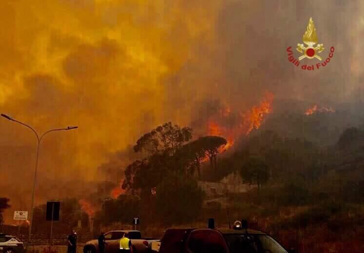 Dalla Sicilia. Incendio in un appartamento: muore 64 enne