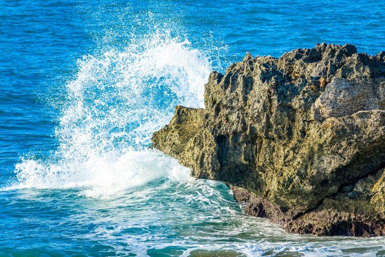 Spiagge rocciose in Italia: le più belle da visitare