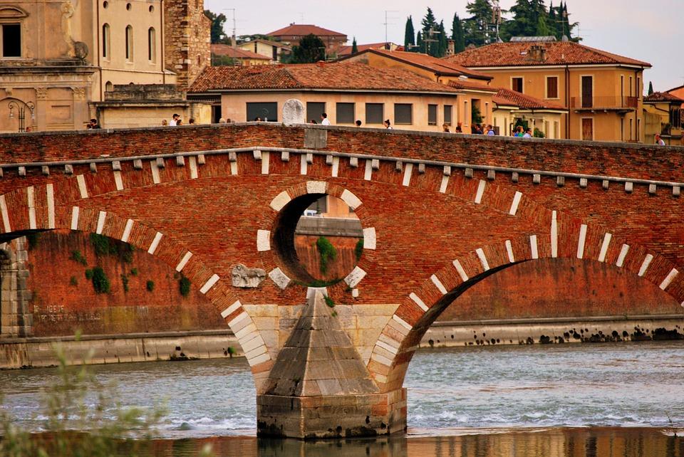 stone-bridge-1678169_960_720