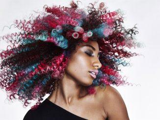 Come personalizzare il look dei capelli con ColorfulHair