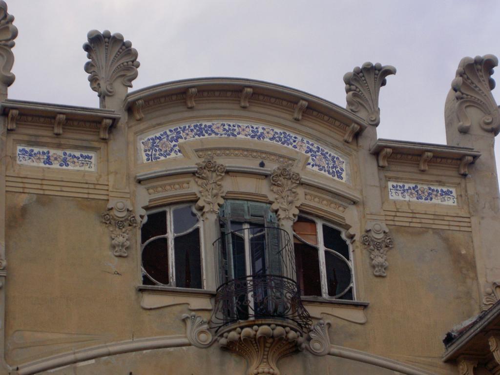 Il degrado di Villa Zanelli
