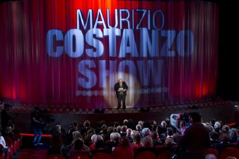 Maurizio Costanzo conduce
