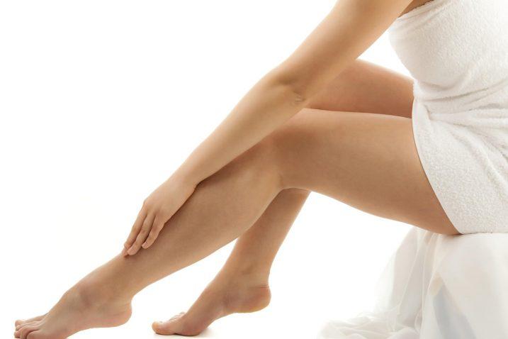 Come curare dolore e infiammazioni alle gambe consigli - Dolore alle gambe a letto ...