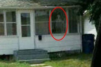 Demone alla finestra