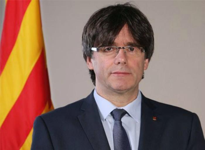 Catalogna, il presidente Puigdemont: