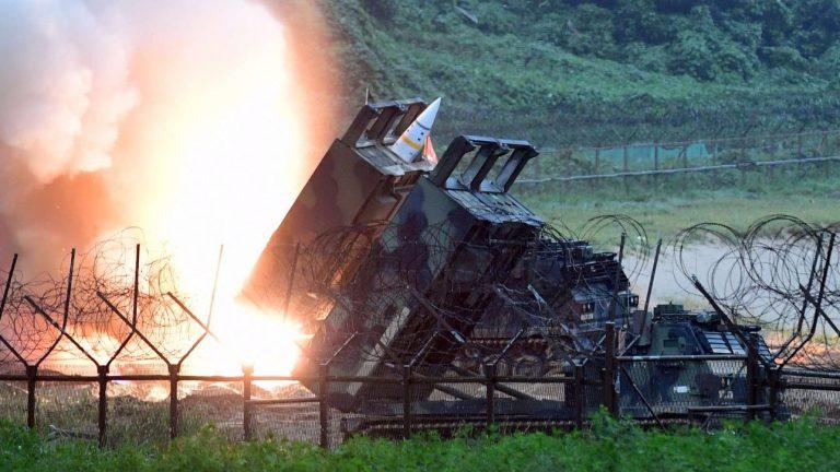 Seul, Corea del Nord: sviluppo missile balistico intercontinentale. Inviata portaerei Usa
