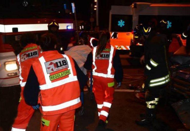 Taranto. Crolla solaio, 4 feriti