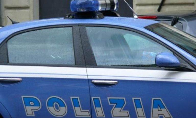 Bari, avvocata aggredita e molestata sotto casa in pieno giorno