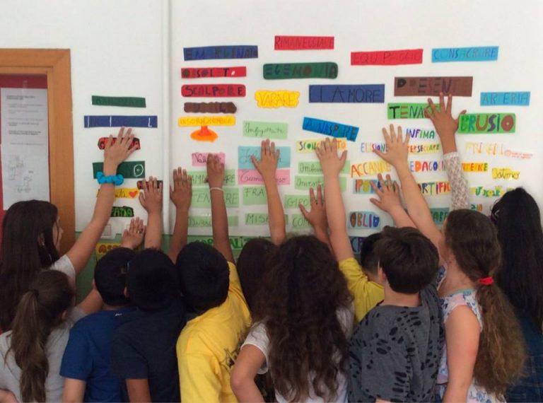 Prima elementare con soli alunni stranieri: è polemica