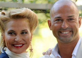 Simona Ventura e Stefano Bettarini, pace almeno per una sera: il motivo