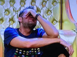 """Gf Vip: malore per Daniele Bossari """"Non vedo nulla"""""""
