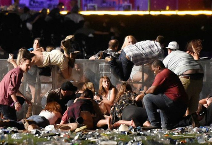 I terroristi dell'ISIS hanno rivendicato la sparatoria a Las Vegas