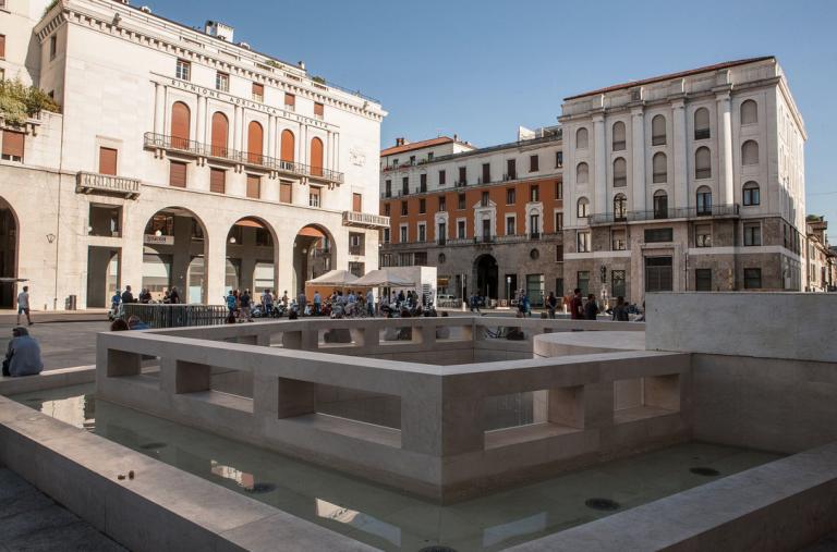 Danni provocati da movida in centro, Comune di Brescia dovrà risarcire residenti