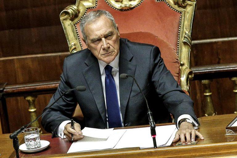 Rosatellum, la decisione di Grasso: si dimette da senatore del Pd