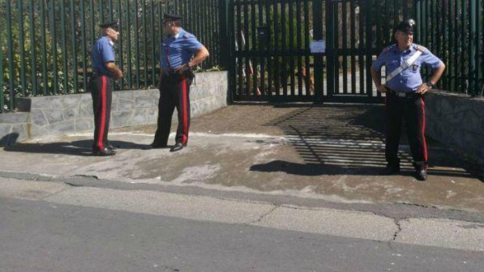 Tor Bella Monaca: investe due ragazzini: 32enne rischia il linciaggio