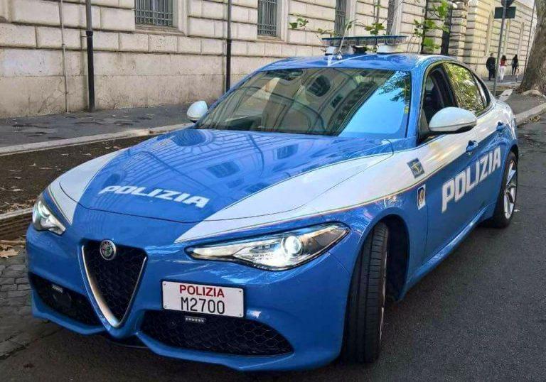 Torino, aghi sparati su passanti: 2 indagati e 2 auto sequestrate