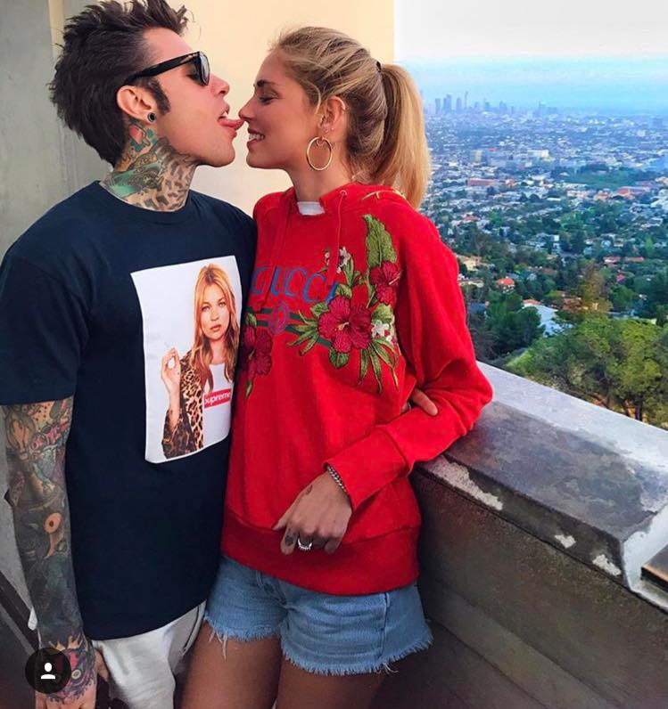 X Factor 2017: con Fedez c'è anche Chiara Ferragni on stage VIDEO