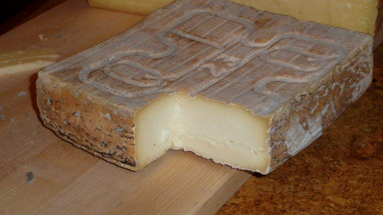 Ritirato dai supermercati Esselunga il formaggio taleggio Carozzi