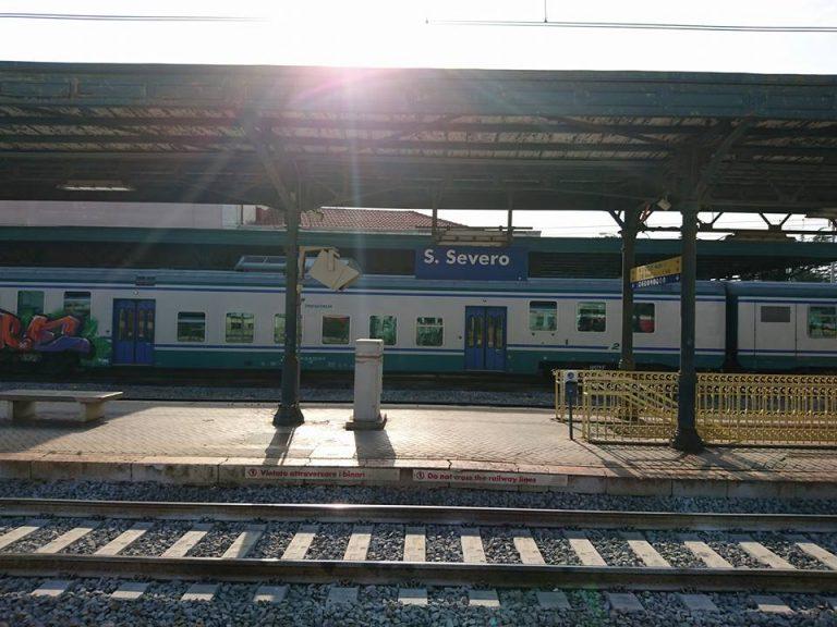 Foggia: treno travolge e uccide 25enne a San Severo