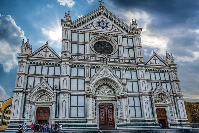 Firenze. Crollo nella Basilica di Santa Croce morto un cinquantenne