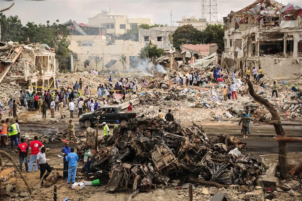 Somalia: almeno 29 morti in attentato a Mogadiscio, attacco ancora in corso