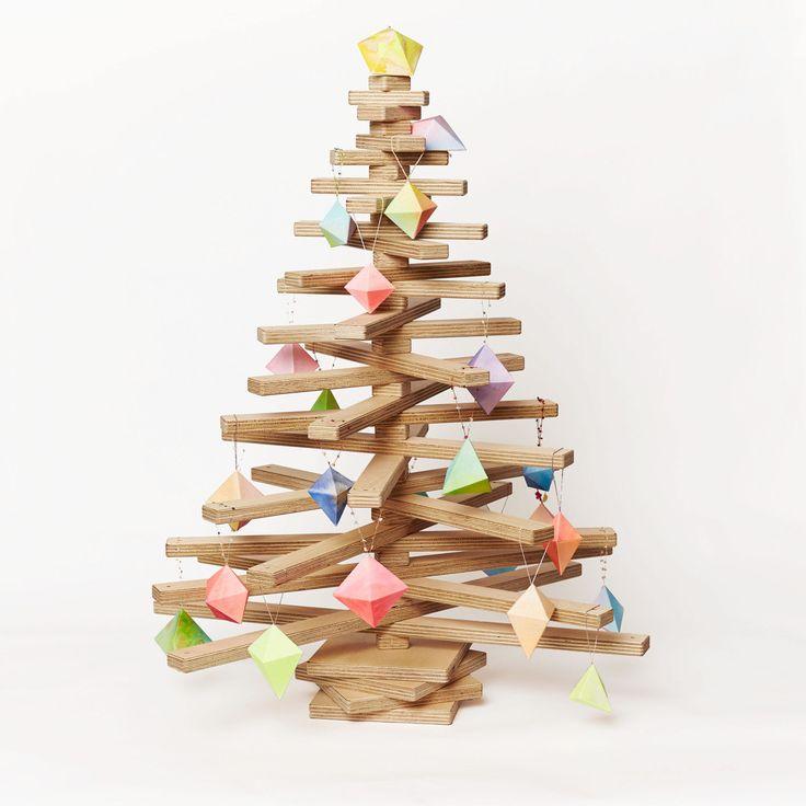 Immagini Natalizie Stilizzate.Come Realizzare Un Albero Di Natale Stilizzato Spendendo Poco