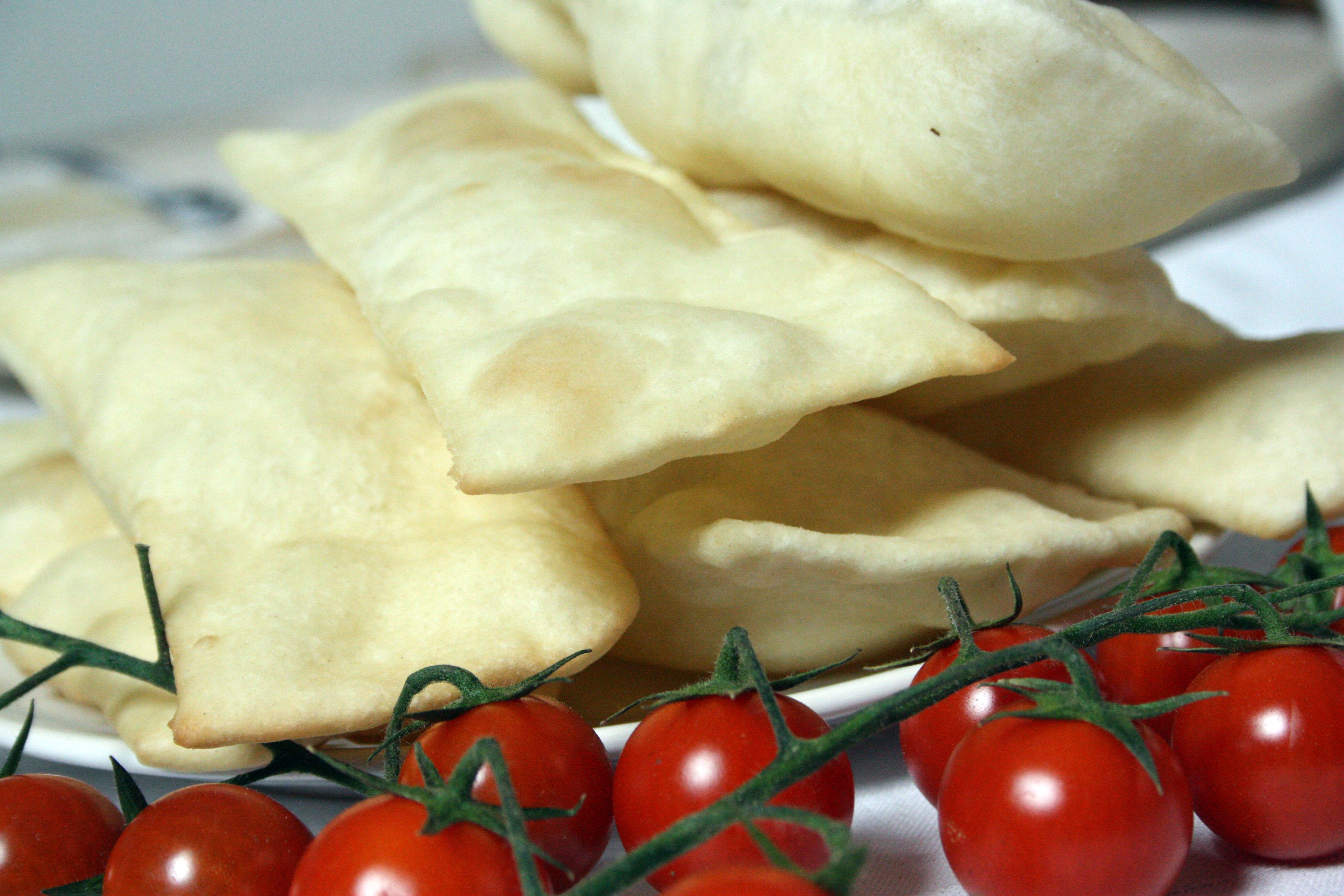 Gnocco fritto ricetta semplice ed ideale per l 39 antipasto - Gnocco in cucina ...