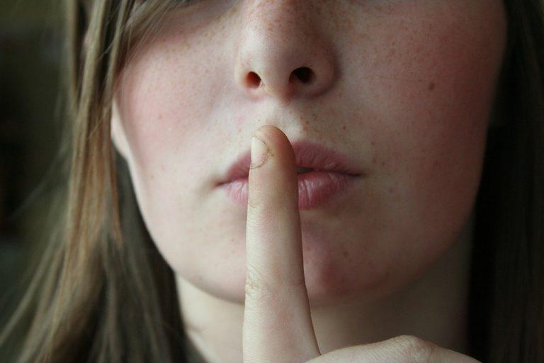 Sssst