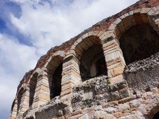 amphitheater-2898499_960_720