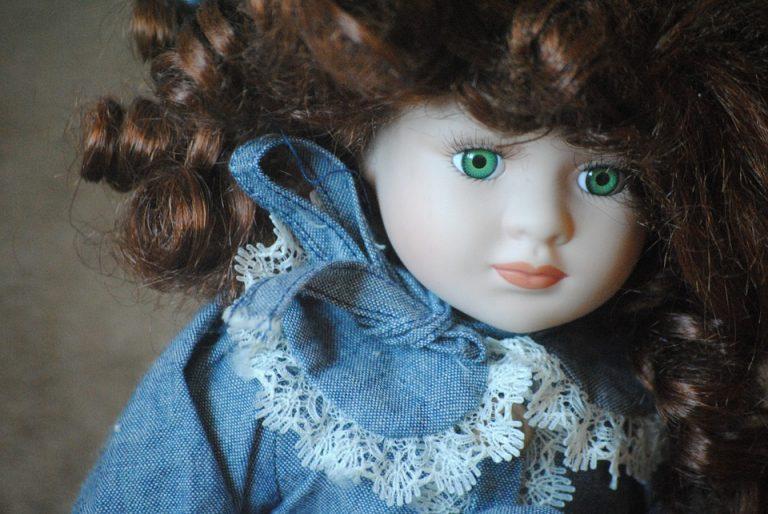 266f59b2594b Bambole di porcellana  le migliori promozioni