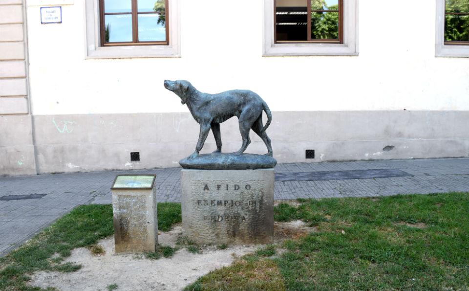 cani, monumento a Fido