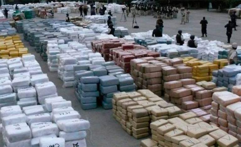 Sequestro record di cocaina: un tappeto da 12 tonnellate