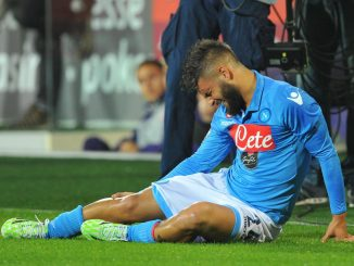 "Foto LaPresse - Jennifer Lorenzini 09/11/2014 Firenze ( Italia) Fiorentina - Napoli Campionato di Calcio Serie A TIM 2014 2015 - Stadio ""Artemio Franchi"" Nella foto:  l'infortunio di Lorenzo Insigne  Photo LaPresse - Jennifer Lorenzini 09 November 2014 Firenze ( Italy) Sport Soccer Firentina - Napoli Italian Football Championship League A TIM 2014 2015 - ""Artemio Franchi Stadium  In the pic:  Lorenzo Insigne"