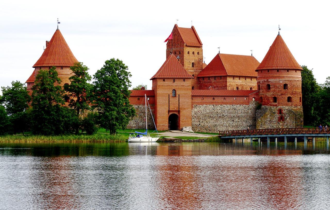 trakai-castle-2719711_1280