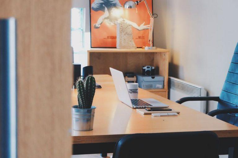 Sedie Da Ufficio Per Postura Corretta : Le più belle ed economiche sedie da ufficio