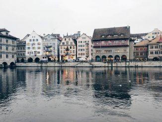 Reddito di base incondizionato Zurigo