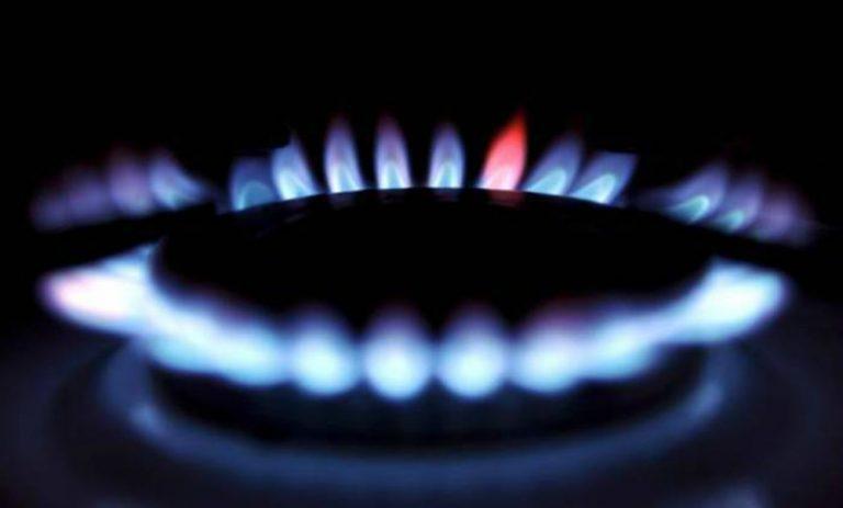 Primi rincari del 2018, aumentano luce e gas