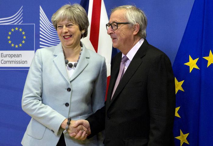 Al via vertice Ue a 27, su tavolo eurozona e Brexit