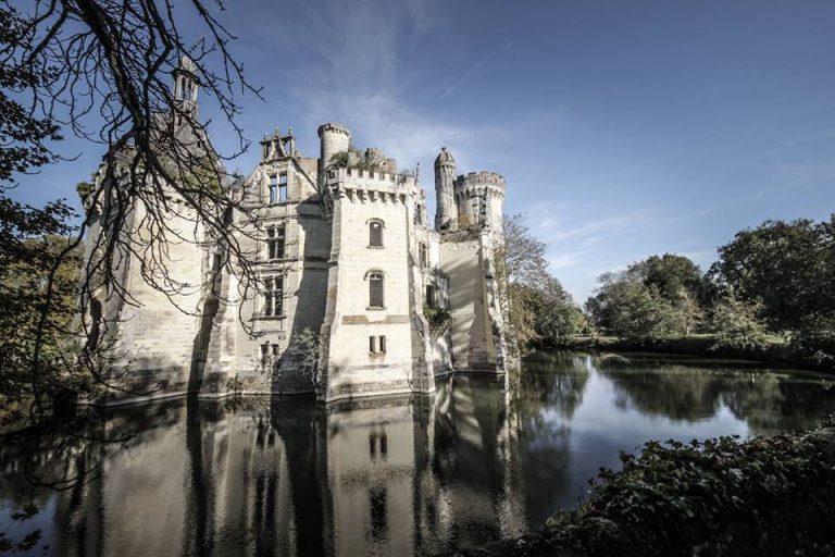 Castello acquistato con una colletta social