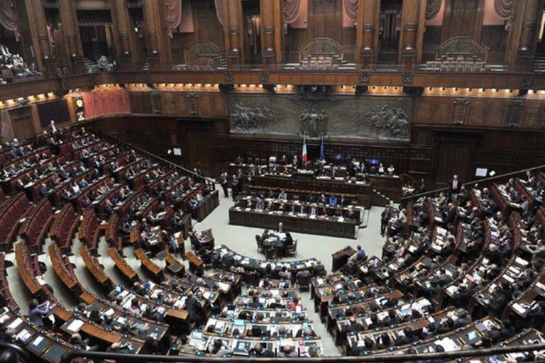 Manovra: inammissibili 2.000 emendamenti, stop Vitalizi