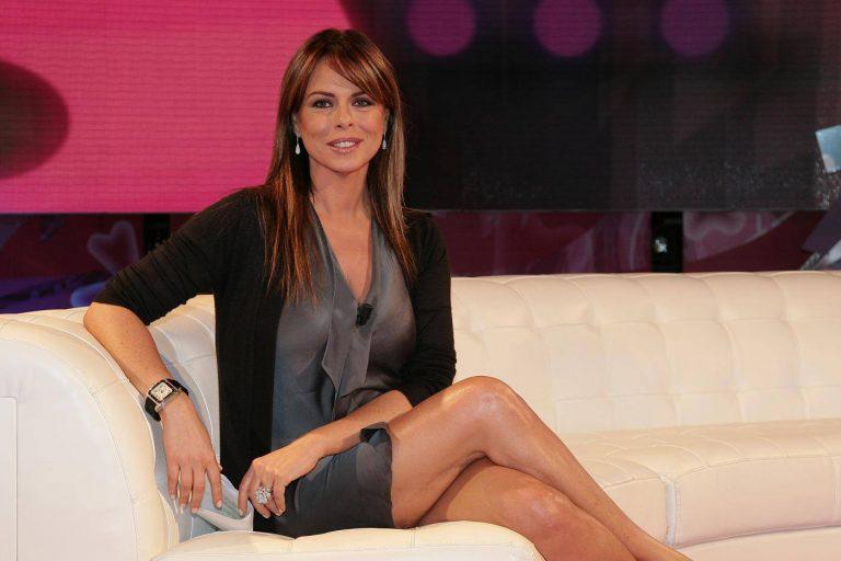 Paola Perego: 'Molestata da un politico, mi salvai dandogli una ginocchiata'