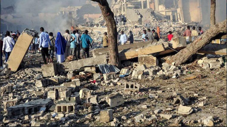 Somalia: kamikaze ad accademia polizia, morti e feriti