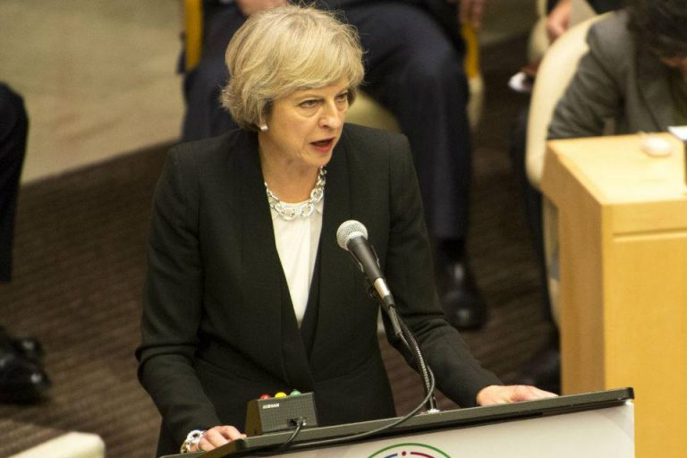 Gb, sventato un attentato contro Theresa May
