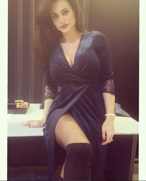 Cristina Del Basso Calendario Senza Veli.Cristina Del Basso Dopo La Tv E Una Mamma Single E Felice