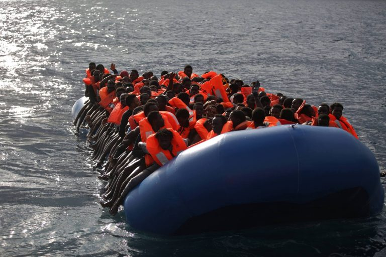 Migranti morti in mare