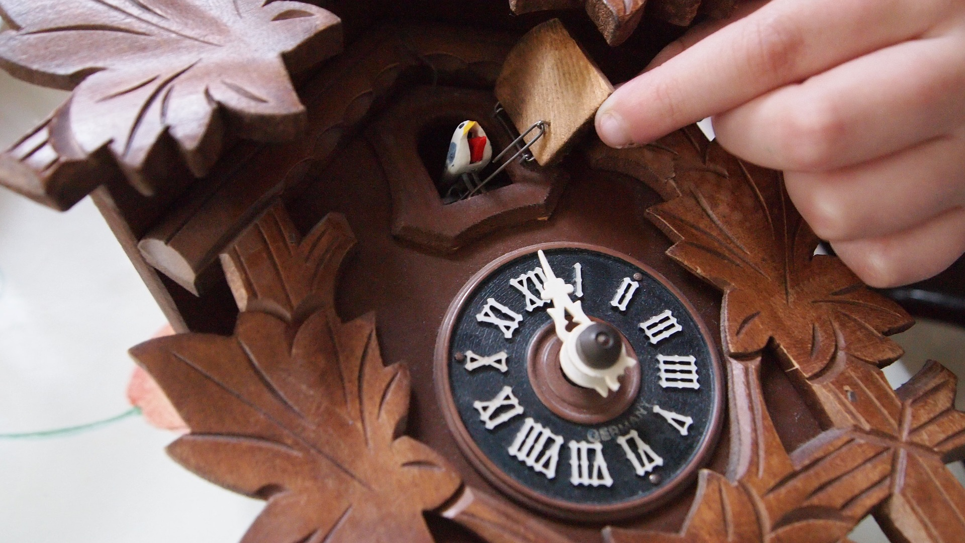Orologio Cucu Moderno Offerte.Orologi A Cucu Scopri Le Migliori Offerte
